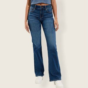 American Eagle Favourite Boyfriend Jeans Mid Rise Relaxed Fit Flare Hem Med Wash